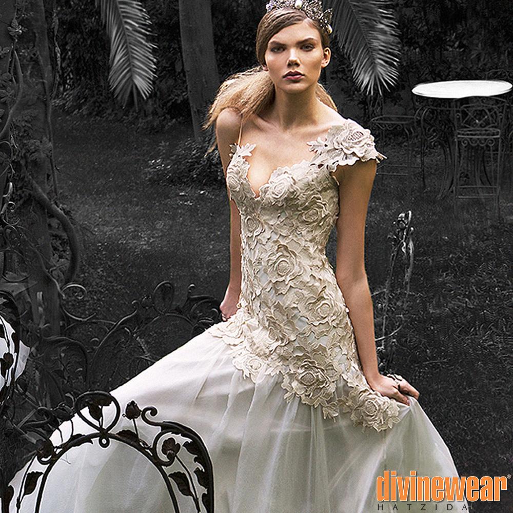 4e229dc1b671 Νυφικό φόρεμα ανάγλυφα λουλούδια - divinewear hatzidakis